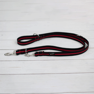 black and red training lead for dogs