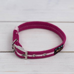 Bright pink Oscar and Hooch dog collar