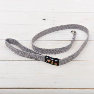 grey oilcloth lead