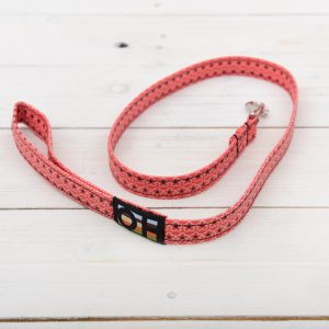 red daisy dog lead